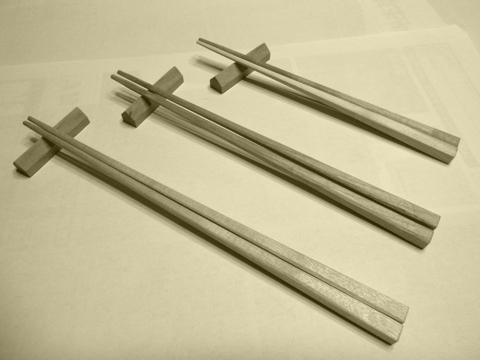 箸と箸置き1.jpg
